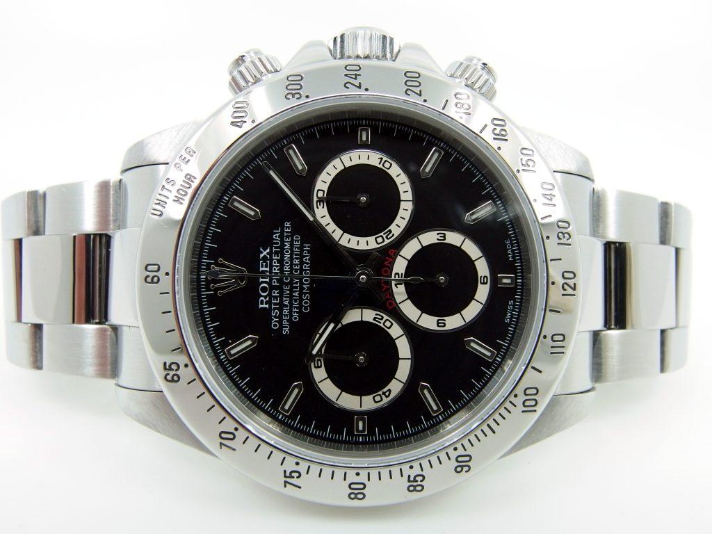 Zifferblatt der Rolex Daytona Zenith, das Armband ist ebenfalls zu sehen.