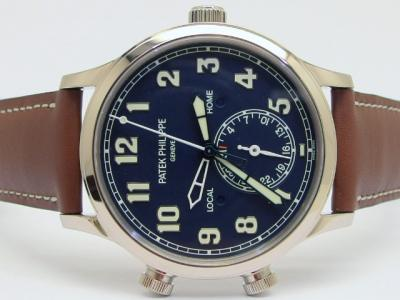 PATEK PHILIPPE Calatrava Pilot Travel Time Referenz 5524G-001 in 18k Weißgold