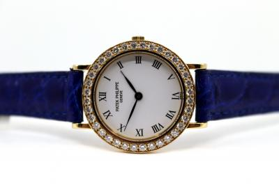 pre owned PATEK PHILIPPE Lady CALATRAVA