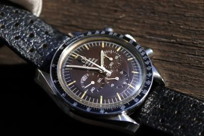 pre owned Vintage OMEGA Speedmaster Professional in Steel
