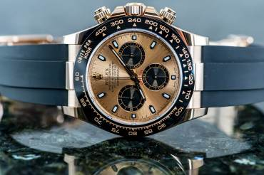 pre owned ROLEX Cosmograph DAYTONA Chronometer Oysterflex in Everose Gold