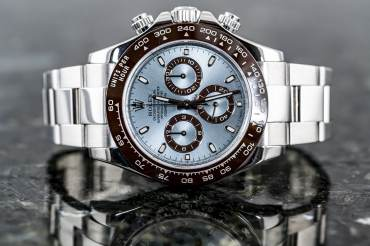 "pre owned ROLEX Cosmograph DAYTONA Chronometer ""Ice Blue"" in Platinum"