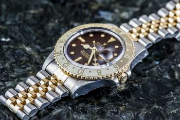 pre owned Vintage ROLEX GMT MASTER Tiger Eye - rootbeer