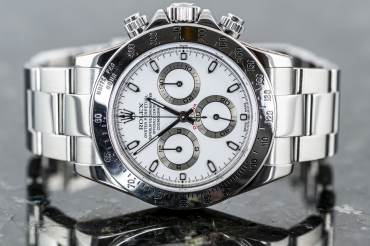 pre owned ROLEX Cosmograph DAYTONA Chronometer in Steel